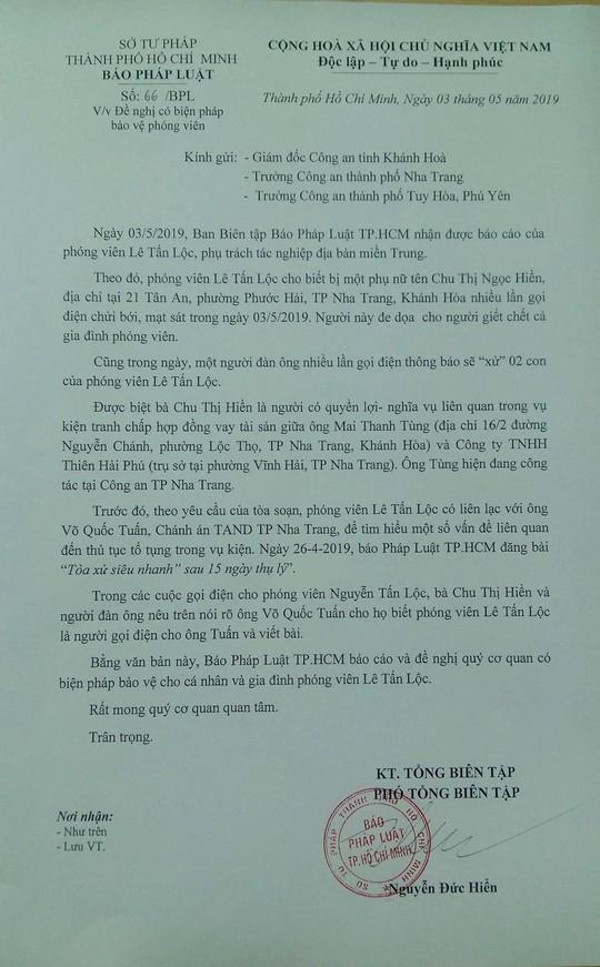 """Mot phong vien Bao Phap Luat TP HCM bi doa """"thanh toan ca gia dinh"""""""