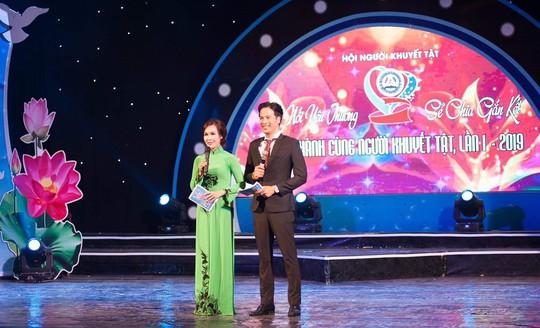 Diễn viên Đoàn Minh Tài bén duyên truyền hình trực tiếp - Ảnh 2.