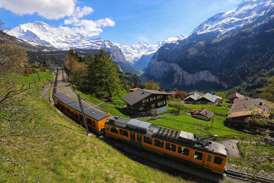Ngôi làng bình yên ở Thụy Sĩ không có xe hơi - Ảnh 5.