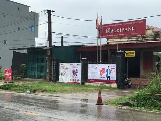 Công an Phú Thọ thông tin kế hoạch tỉ mỉ của thủ phạm vụ cướp phòng giao dịch ngân hàng Agribank - Ảnh 2.