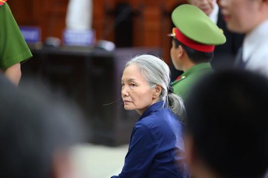 Noi loi sau cung Ong Binh khoc Vu Nhom keu oan ba Xuyen mong nguoi vao tham!