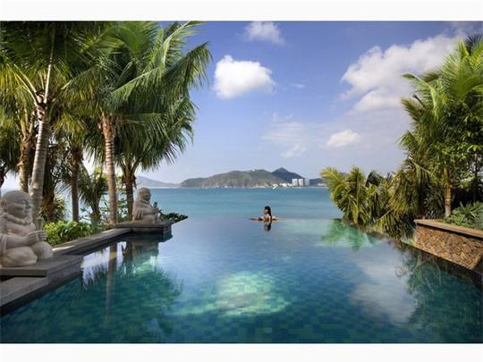 Top bể bơi vô cực đẹp nhất châu Á: Một khách sạn ở Cam Ranh được vinh danh - Ảnh 1.