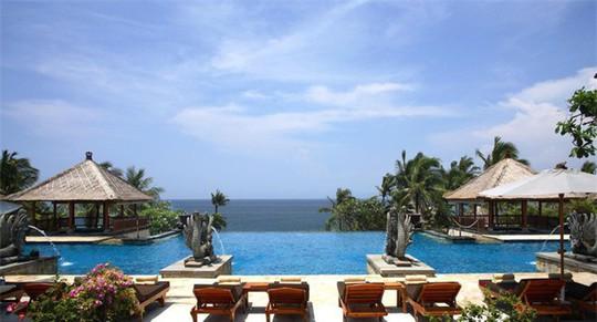 Top bể bơi vô cực đẹp nhất châu Á: Một khách sạn ở Cam Ranh được vinh danh - Ảnh 3.