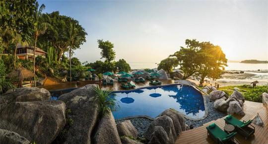Top bể bơi vô cực đẹp nhất châu Á: Một khách sạn ở Cam Ranh được vinh danh - Ảnh 9.