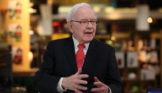 """Warren Buffett: """"Đừng bao giờ nghe theo những người như tôi"""" - Ảnh 1."""