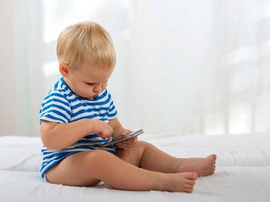 Cai smartphone cho bé như thế nào? - Ảnh 1.