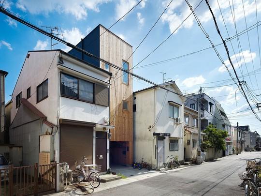 Ngôi nhà siêu nhỏ nhưng đầy đủ công năng ở Nhật Bản - Ảnh 2.