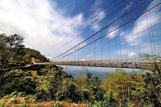 10 cây cầu treo khách vừa ngắm cảnh vừa run chân - Ảnh 5.