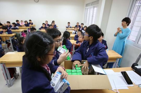 Sữa học đường: Nhiều lợi ích không ngờ - Ảnh 2.