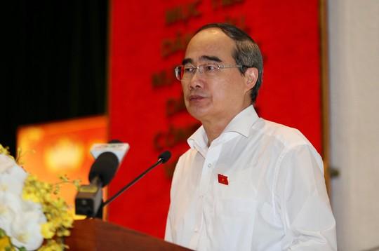 Cử tri TP HCM quan tâm sức khỏe Tổng Bí thư, Chủ tịch nước - Ảnh 1.