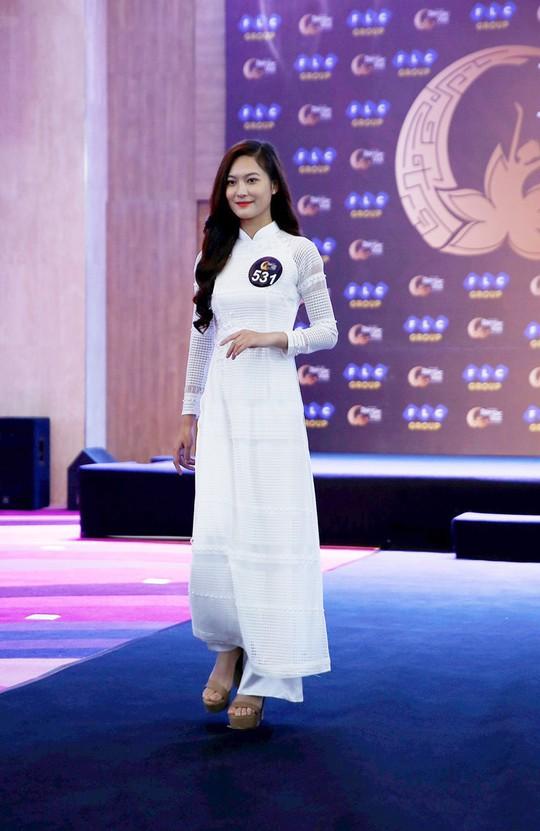 Thúy Hạnh làm giám khảo vòng sơ tuyển mở rộng Hoa hậu Bản sắc Việt toàn cầu 2019 - Ảnh 3.