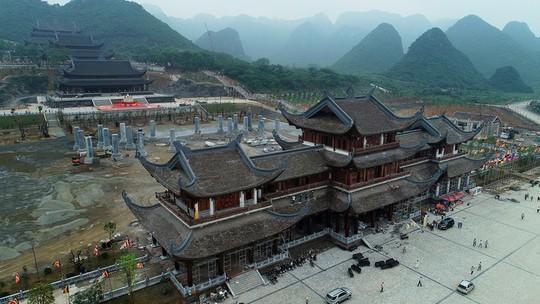 Chùa Tam Chúc gấp rút hoàn thiện trước ngày tổ chức Vesak - Ảnh 5.