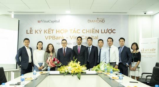 VinaCapital ký kết hợp tác chiến lược với VPBank - Ảnh 1.