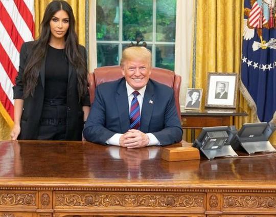 Kim Kardashian vận động giúp 17 tù nhân chung thân tự do - Ảnh 2.