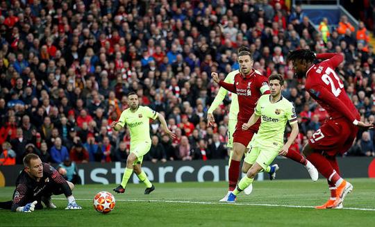Ngược dòng không tưởng quật ngã Barcelona, Liverpool vào chung kết - Ảnh 4.