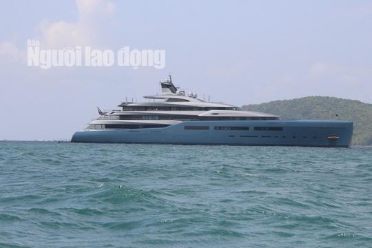 """Siêu du thuyền triệu đô của ông chủ Tottenham đang có mặt ở """"đảo ngọc"""" Phú Quốc - Ảnh 4."""