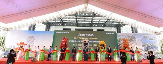 Khai trương không gian nghỉ dưỡng cao cấp quốc tế 4 sao - Khách sạn Nam Cường Nam Định - Ảnh 1.