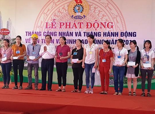Ninh Bình: Nhiều hoạt động hướng về cơ sở và người lao động - Ảnh 1.