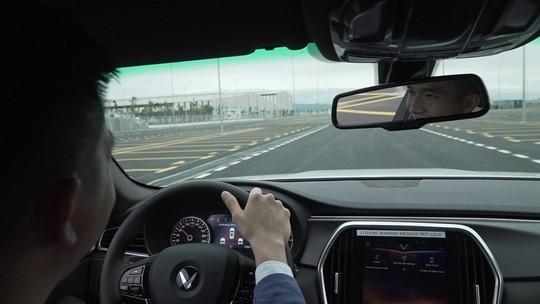 Những người đầu tiên lái thử xe VinFast nói gì? - Ảnh 4.