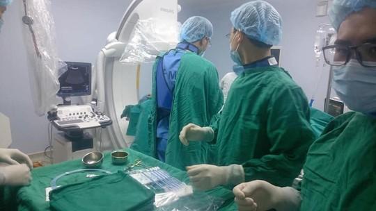 Nhiều kỹ thuật, máy móc hiện đại được ứng dụng tại bệnh viện cơ sở - Ảnh 2.