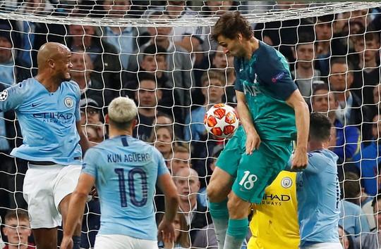 Chung kết Champions League: Ai may nhiều thì thắng? - Ảnh 4.