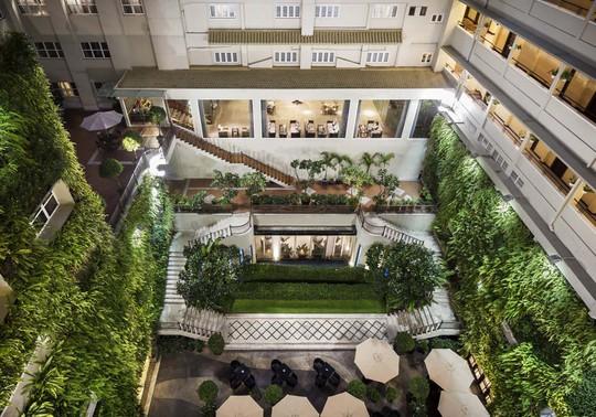 Vertical Garden - Rex Hotel Saigon: Thưởng thức tiệc buffet 5 sao tại Grill & Beer - Ảnh 1.