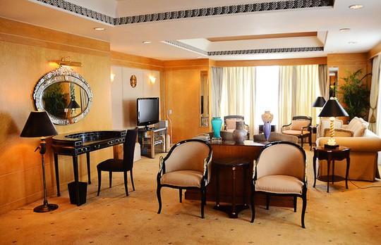 Có gì lạ trong những căn phòng tổng thống sang trọng bậc nhất Việt Nam? - Ảnh 3.