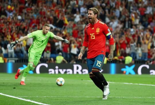 Vòng loại Euro 2020: Chân gỗ Morata lập công, Tây Ban Nha hạ đẹp Thụy Điển - Ảnh 5.
