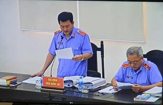 VKS de nghi bac khang cao cua Vu nhom 2 cuu thu truong Bo Cong an va thuoc cap