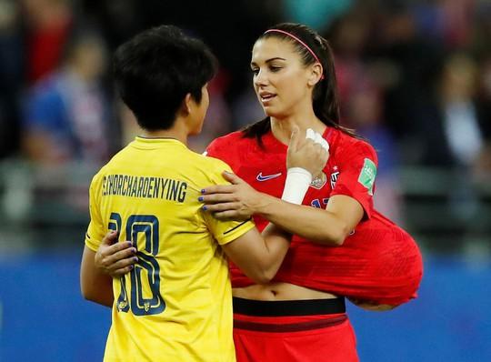 Sốc: Tuyển Thái Lan thua thảm 0-13 tại World Cup bóng đá nữ - Ảnh 7.