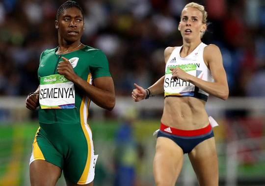Bị cấm thi đấu 800m, Caster Semenya chiến thắng cự ly 2.000m - Ảnh 2.