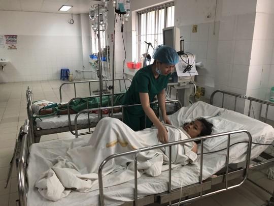 Cần Thơ: Cứu sống nữ bệnh nhân người nước ngoài có hoàn cảnh rất khó khăn - ảnh 1