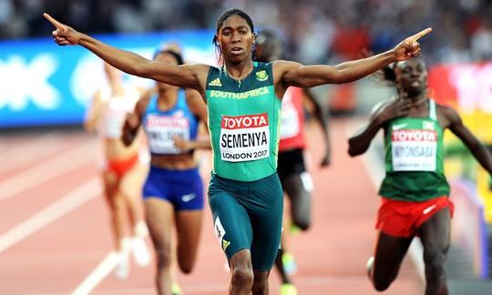 Bị cấm thi đấu 800m, Caster Semenya chiến thắng cự ly 2.000m - Ảnh 3.