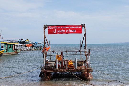 Công ty Trường Phúc Hải khởi công giai đoạn II bờ kè thuộc dự án lấn biển Phan Thiết - Ảnh 3.