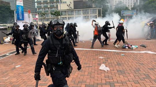 """Ông Trump khuyên Trung Quốc và Hồng Kông """"ngồi xuống bàn bạc"""" - ảnh 2"""