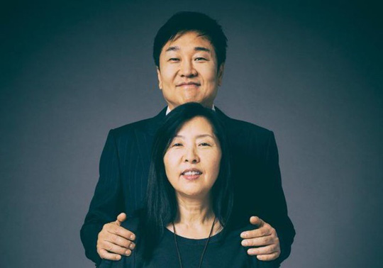 10 cặp vợ chồng tỷ phú tự thân giàu nhất nước Mỹ - Ảnh 5.