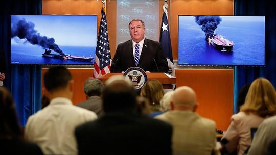 Mỹ cáo buộc Iran tấn công tàu chở dầu ở Vịnh Oman - Ảnh 2.