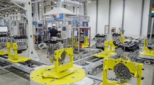 Cận cảnh Khu nhà máy sản xuất ô tô VinFast - Ảnh 13.