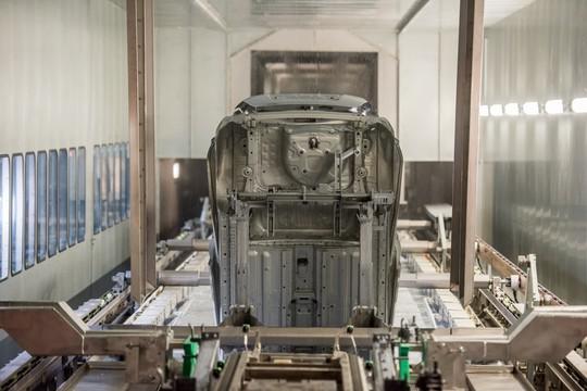 Cận cảnh Khu nhà máy sản xuất ô tô VinFast - Ảnh 9.
