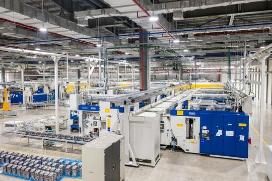 Cận cảnh Khu nhà máy sản xuất ô tô VinFast - Ảnh 12.