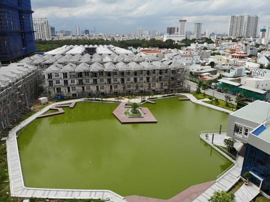 Vụ xây liều 110 biệt thự Ở khu Nam Sài Gòn: Nhiều tranh cãi pháp lý