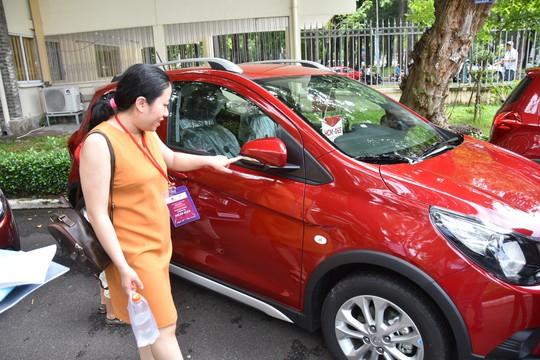 Hàng trăm ô tô thương hiệu Việt VinFast Fadil đến tay khách hàng - Ảnh 5.