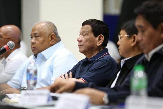 """Ông Duterte: """"Tàu Trung Quốc đâm tàu Philippines chỉ là tai nạn"""" - Ảnh 1."""