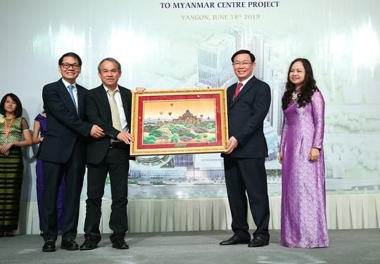 Ông Đoàn Nguyên Đức bắt tay cùng Thaco Trường Hải đầu tư lớn tại Myanmar