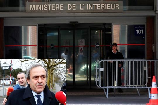 Platini bị bắt, bóng đá châu Âu rúng động - Ảnh 1.