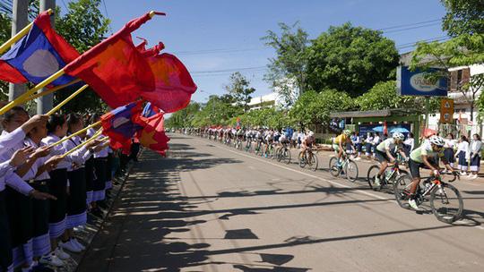 Cuộc đua xe đạp kết nối các thủ đô Đông Dương - Ảnh 1.