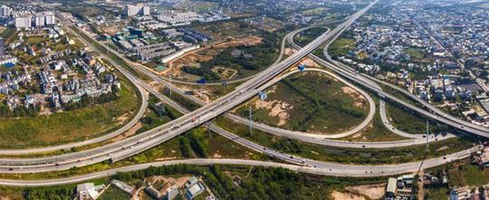 2018 - 2019: Bùng nổ đầu tư vào bất động sản tại Việt Nam - Ảnh 2.