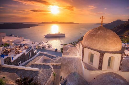 Hòn đảo hút khách bởi kiến trúc xanh - trắng ở Hy Lạp - Ảnh 6.