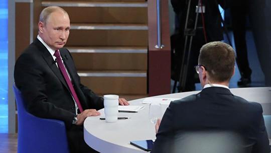 Ông Putin thừa nhận Nga thiệt hại 50 tỉ USD vì phương Tây - Ảnh 2.