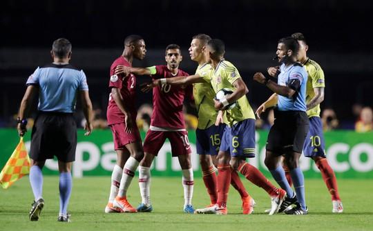 Thắng nhọc Qatar, Colombia đoạt vé tứ kết Copa America - ảnh 4